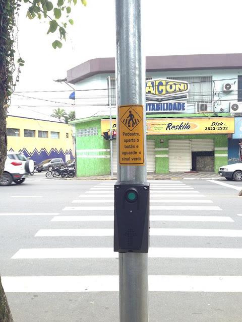 Prefeitura de Registro-SP instala semáforos para pedestres em 12 travessias