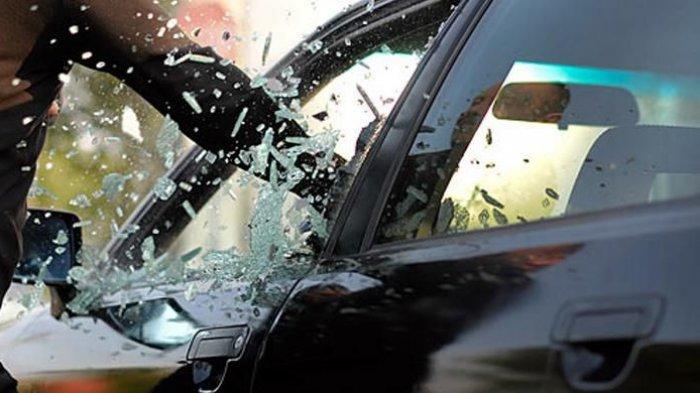 Tips Menghindari Kejahatan Pembobol Kaca Mobil