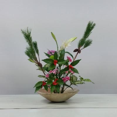 【正月花盛花】千両、若松、ユリ、カーネーション、ナデシコ、ゴット