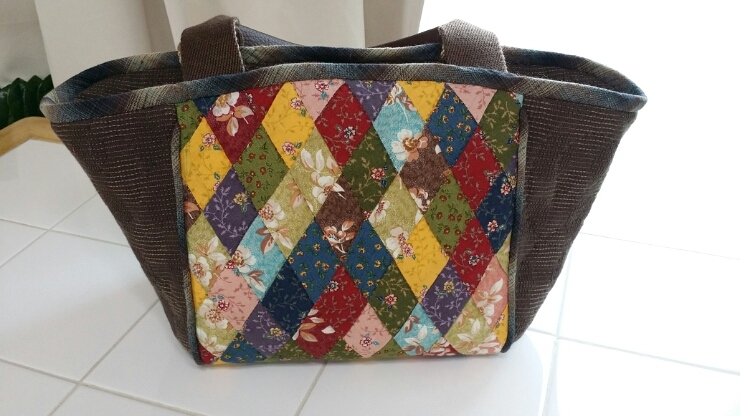 How to Make Quilted Patchwork Bag. DIY Photo Tutorial.