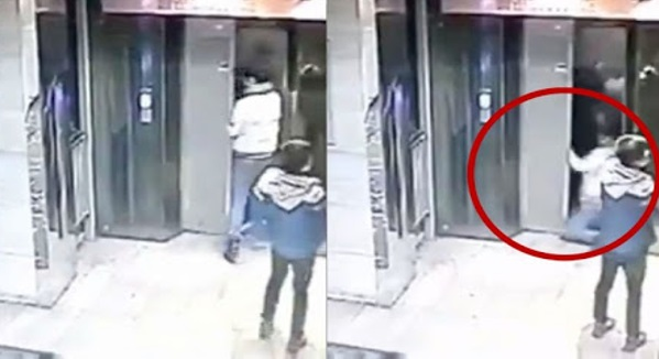 Seorang Lelaki Melayu Bagi Keluarga Cina Masuk Dalam Lif.. Apa Yang Berlaku Bakal Buat Ramai TERPANA !!!
