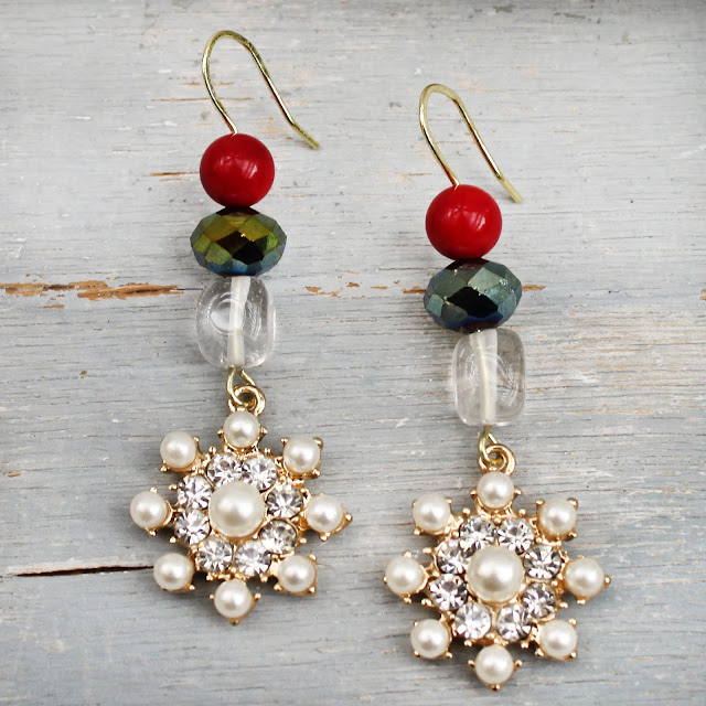 http://www.halcraft.com/wp-content/uploads/2017/12/Jingle-Earrings-copy.pdf