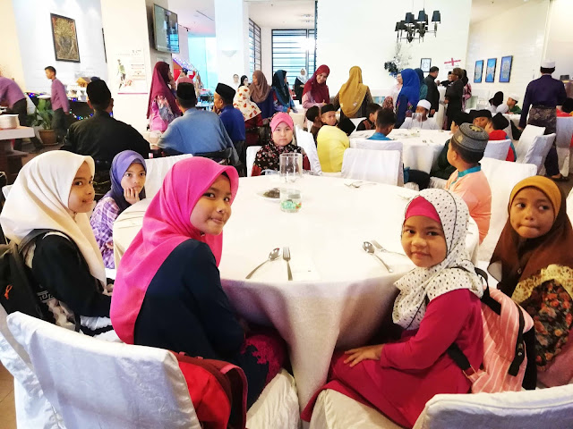 Majlis Berbuka Puasa Bersama Anak Yatim Dan Asnaf Di Ancasa Royale Pekan