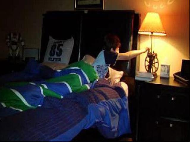 Inilah Rahasia Perintah Rasulullah SAW Untuk Memadamkan Lampu Ketika Hendak Tidur. Sebarkan Info Penting Ini