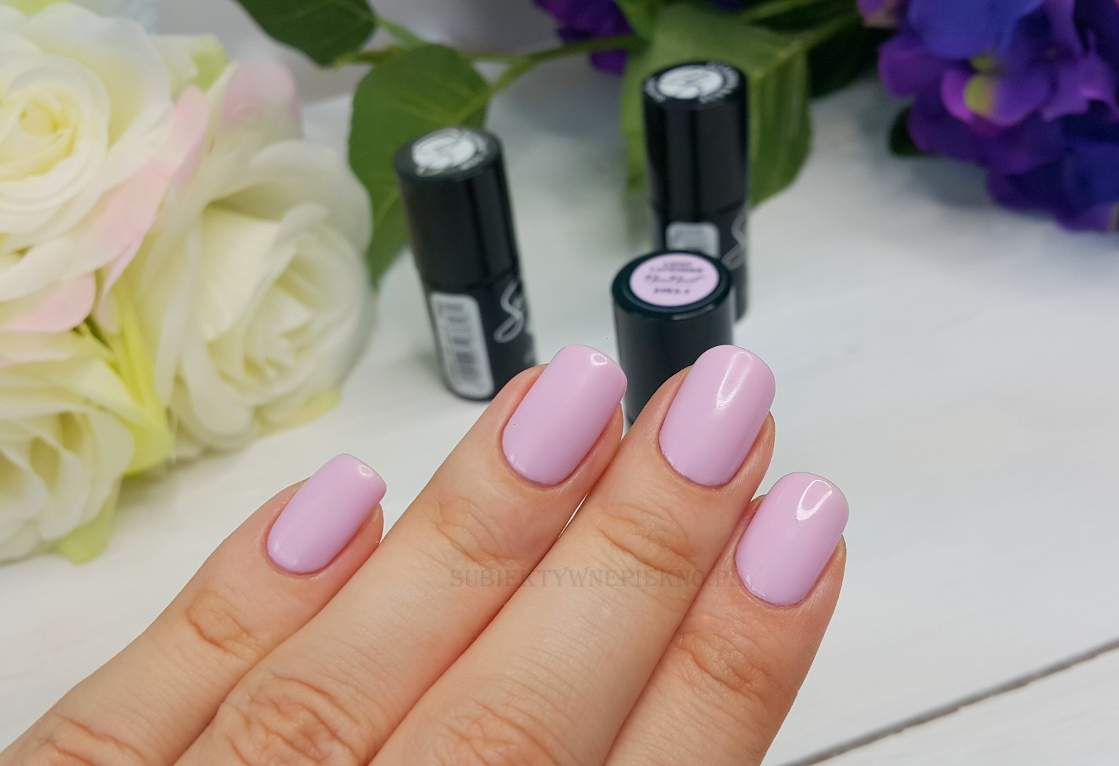 Light Lavender NeoNail 3193 swatche na paznokciach
