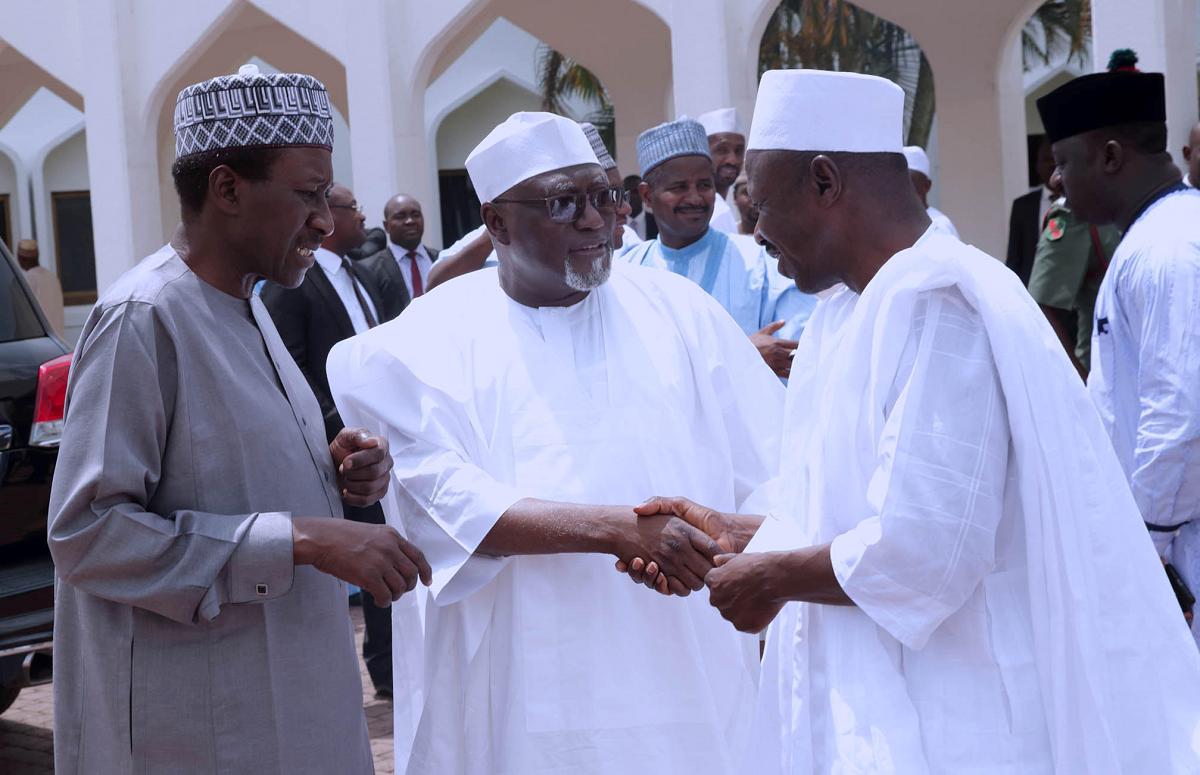 Magu, DSS DG shake hands at Aso Rock mosque (PHOTOS)