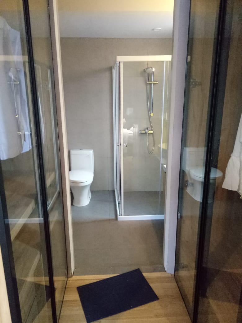 bath room Rumah Caelus BSD