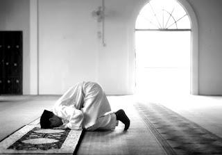 كتابة موضوع تعبير عن الصلاة واهميتها
