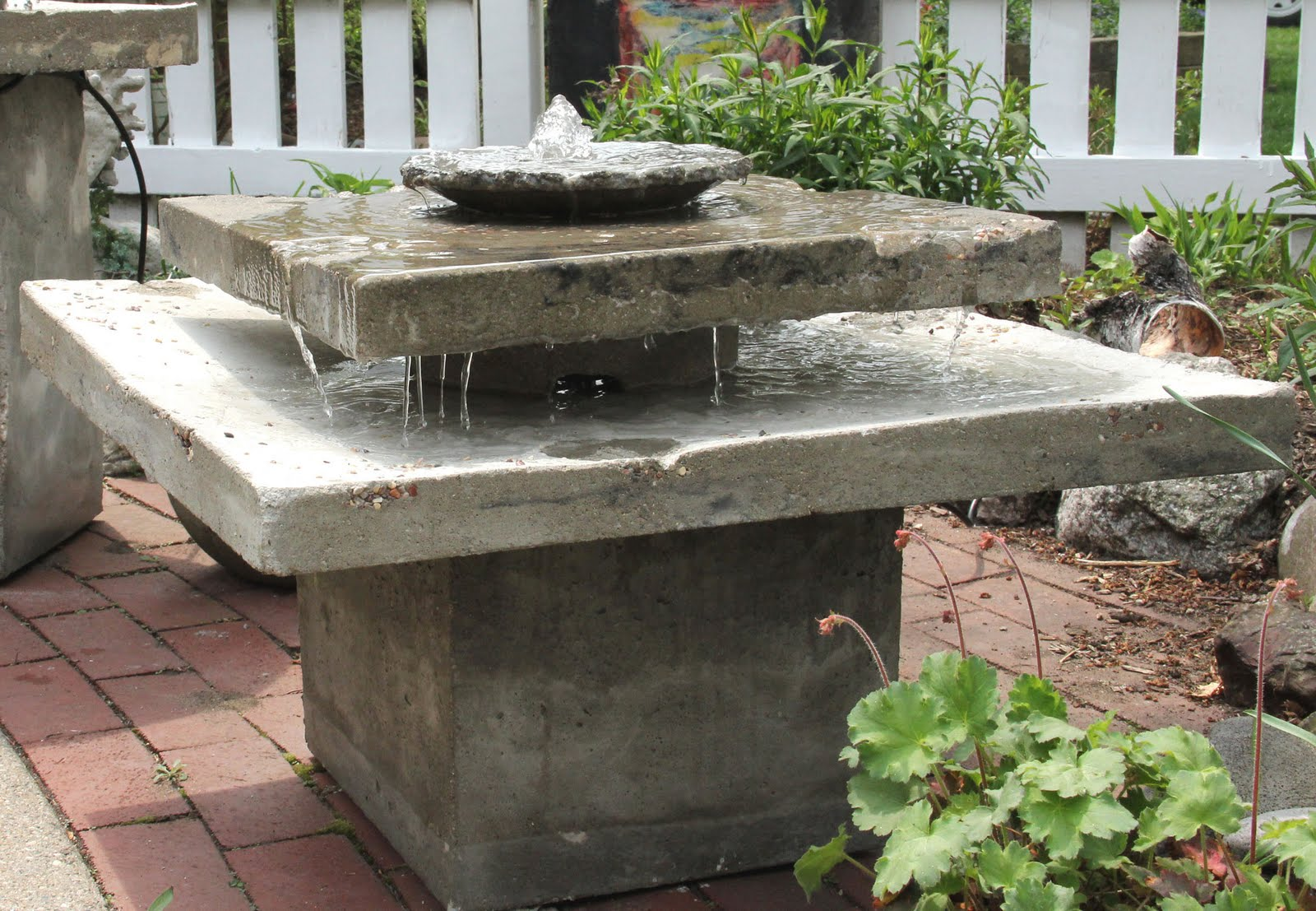 art studio: Two new concrete fountains on the move today!!!
