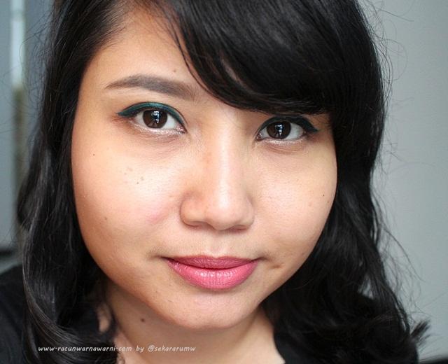 FOTD Revlon Eyeliner Kajal