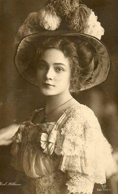 1920 Erotismo, fotos y recuerdos