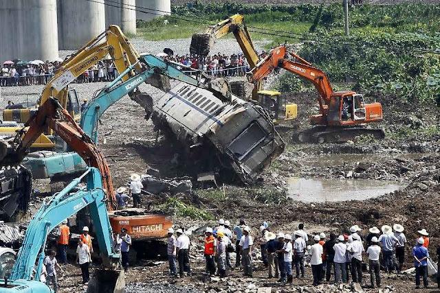 Governo fez desaparecer sem investigação os resto do trem-bala de Whenzhou.