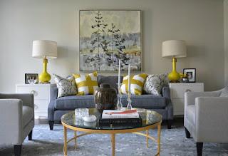 Come scegliere il tavolino giusto per il tuo divano