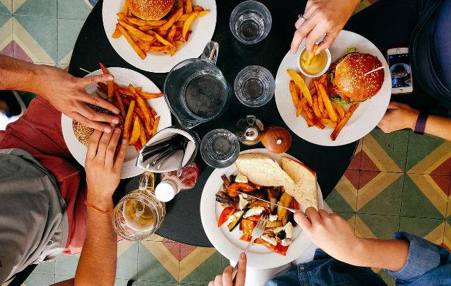 Le intolleranze alimentari provocano molti sintomi differenti