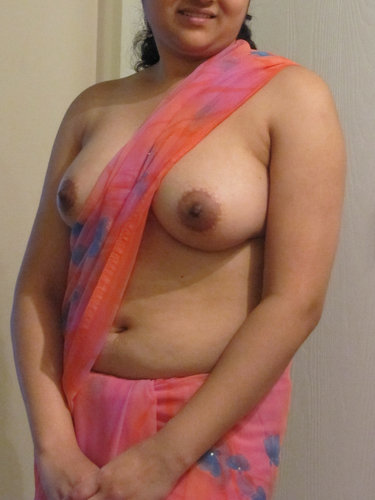 free-sax-girl-nipil-kerala-video