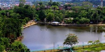 15 Tempat Wisata di Kalimantan Timur Yang Paling Terkenal