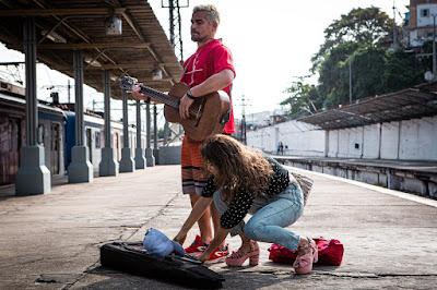 Ryan (Thiago Martins) e Érica (Nanda Costa) em 'Amor de Mãe' — Foto: Gabriel Nascimento/Gshow