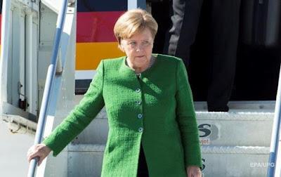 Меркель назвала умови повернення РФ до складу G7