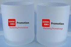 Mengatakan Terima kasih Dengan Mug Keramik Sebagai Promosi