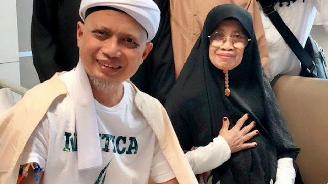 Sebelum Kritis, Ustaz Arifin Ilham Siapkan Kain Kafan dan Makam