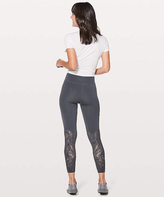 lululemon reveal-tight