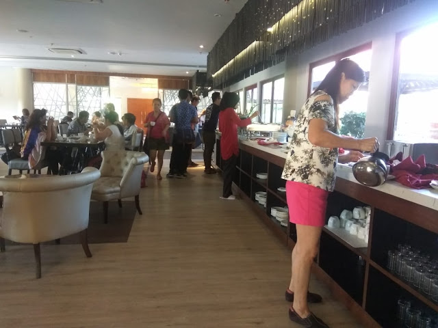 Courtyard Restaurant Sijori Resort & Spa