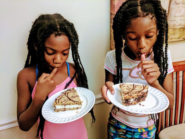 Carvel Ice Cream Cookie Cake