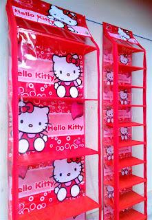 Rak Tas Rak Sepatu Hello Kitty Merah