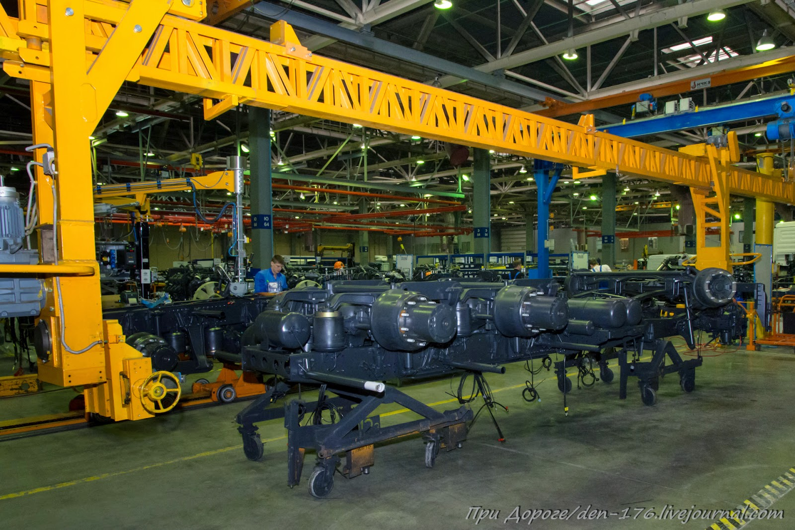 How to make MBTV 26 Mercedes Benz trucks in Naberezhnye Chelny