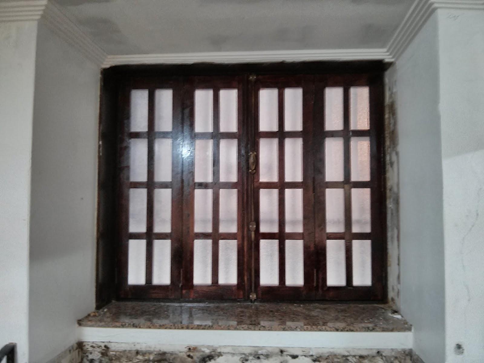 Carpinteria extrema carpinter a bar ventanas barra for Ventanas de aluminio con marco de madera
