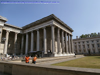 Fachada principal del British Museum