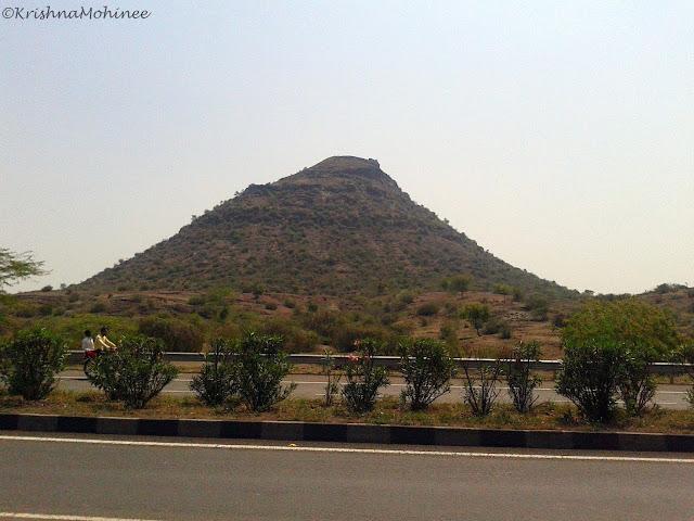 Image: Mumbai-Agra Highway