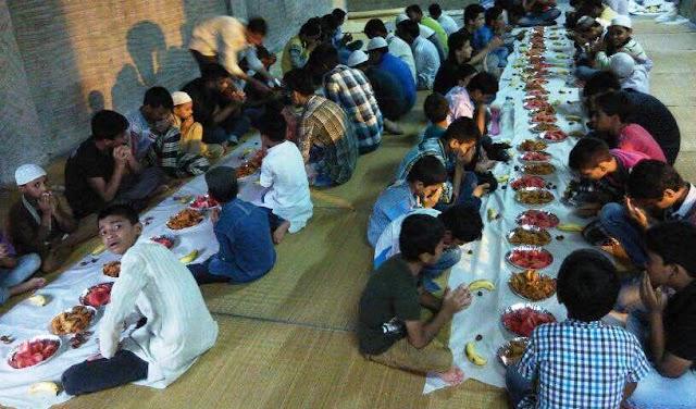 Student Prayed for Muslims around the Globe