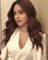 Nushrat Bharucha New Bollywood sensation from Sonu Ke u Ki Sweety Exclusive Unseen Pics ~  Exclusive Gallery 017.jpg