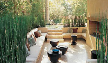 10 patios acogedores decoraci n de jardines peque os for Disenos de patios pequenos modernos