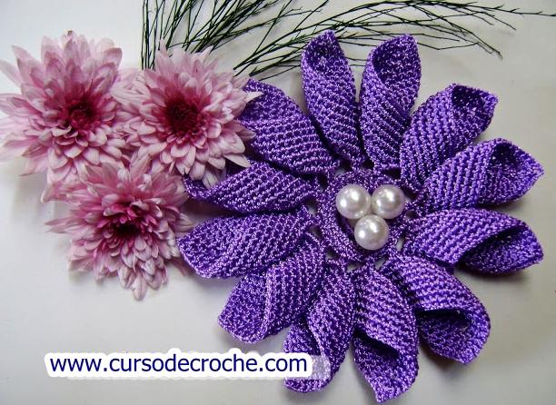 Como fazer flores em Crochê - Flor Margarida passo a passo para destros e canhotos com edinir croche no curso de croche blog aprender croche