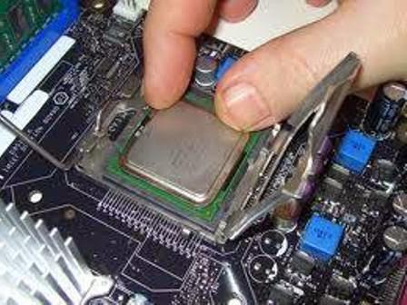 cara mengatasi komputer mati/restar sendiri