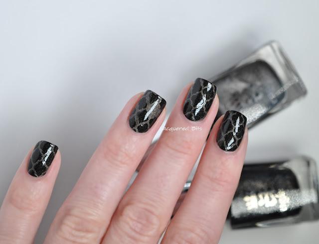 A England Quatrefoil Nails