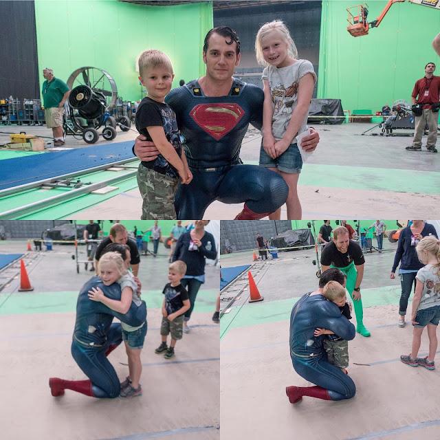 Лига Справедливости: Супермен и дети (фото)