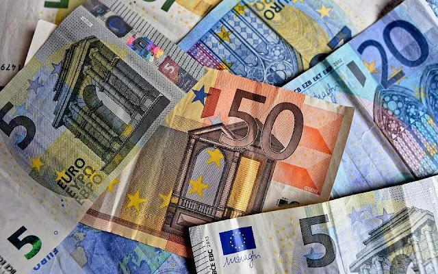 Αναλυτής στη Wall Street Journal: «Το τέλος του ευρώ είναι πλησιέστερα από ό,τι πιστεύουμε»