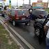 Motorista bate em carro e foge na BR-101 em Parnamirim