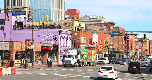 Nashville: The Hottest Travel Destination of 2018
