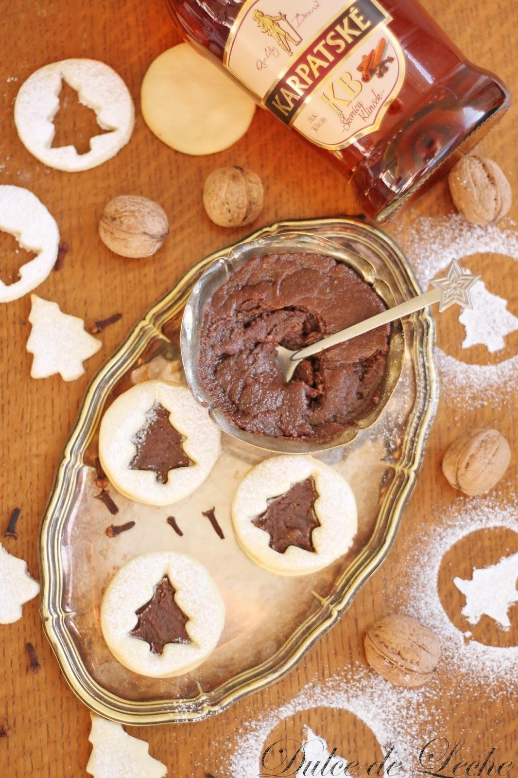 Linecké koláčiky s orechovo perníkovým maslom