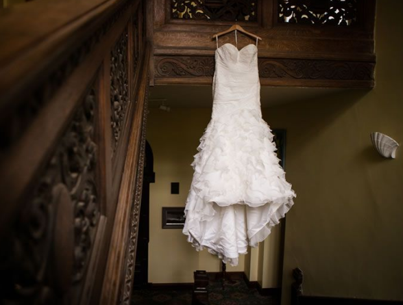 Brides Beware! 5 Top Tips To Avoid Fake Wedding Dresses Online