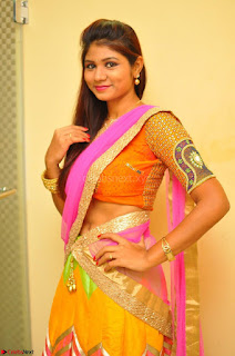 Lucky Sree in dasling Pink Saree and Orange Choli DSC 0364 1600x1063.JPG