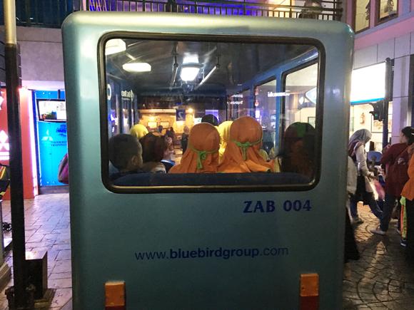 anak dua tahun naik bus di kidzania