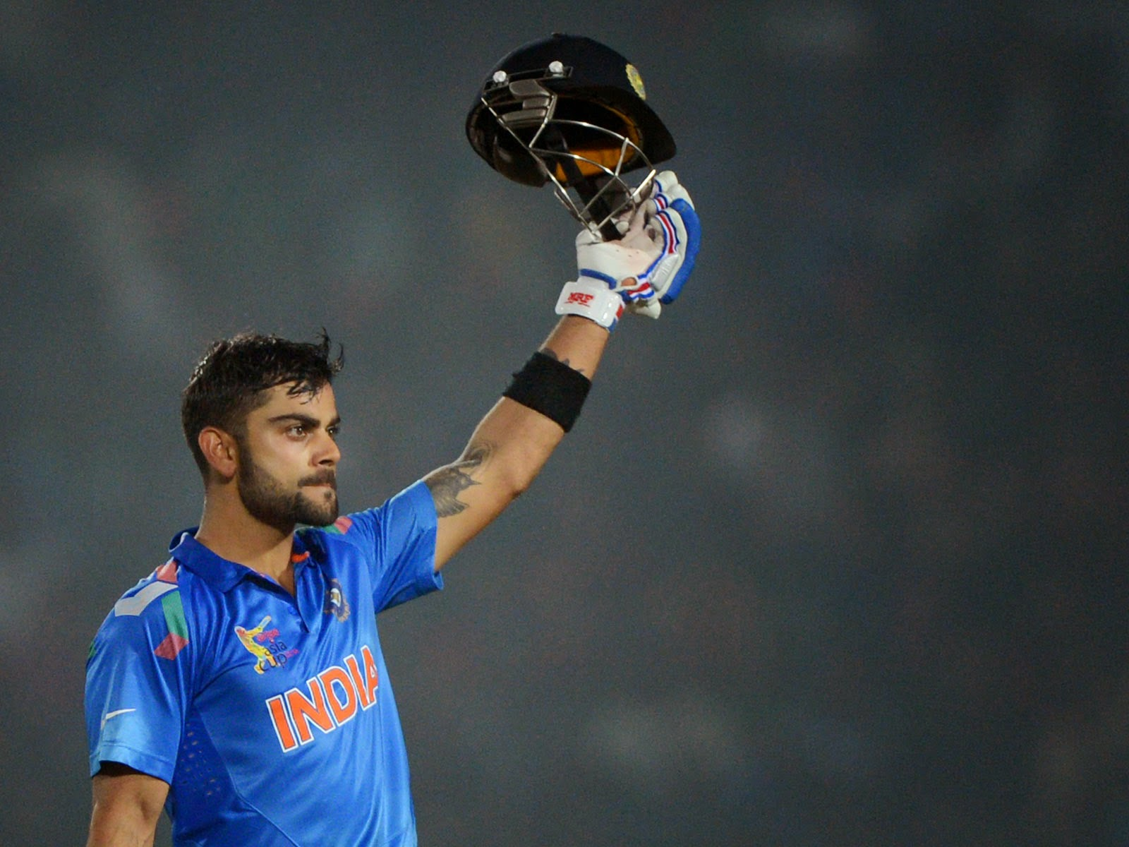 Virat Kohli HD Wallpapers 2014 - Cricket HD Wallpapers Collection