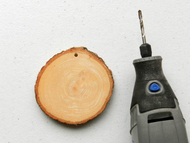 Wood Slice Ornament Materials and Tutorial: grow creative blog