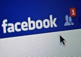 Επειδή το Facebook είναι αχανές και ο οποιοσδήποτε μπορεί να σε κάνει add  ανά πάσα στιγμή 0d50976ba44