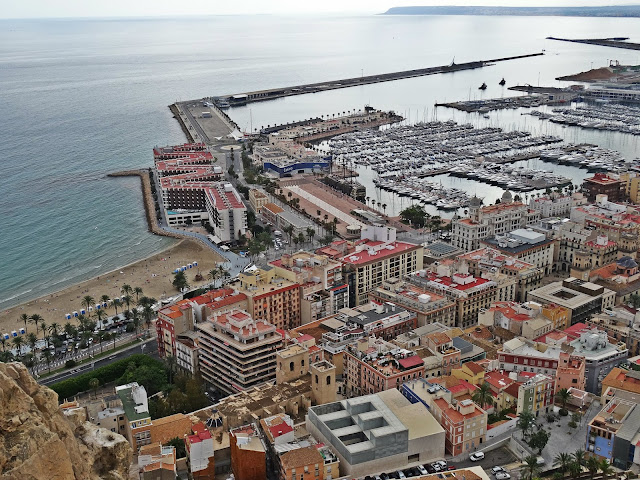 widok na port Alicante